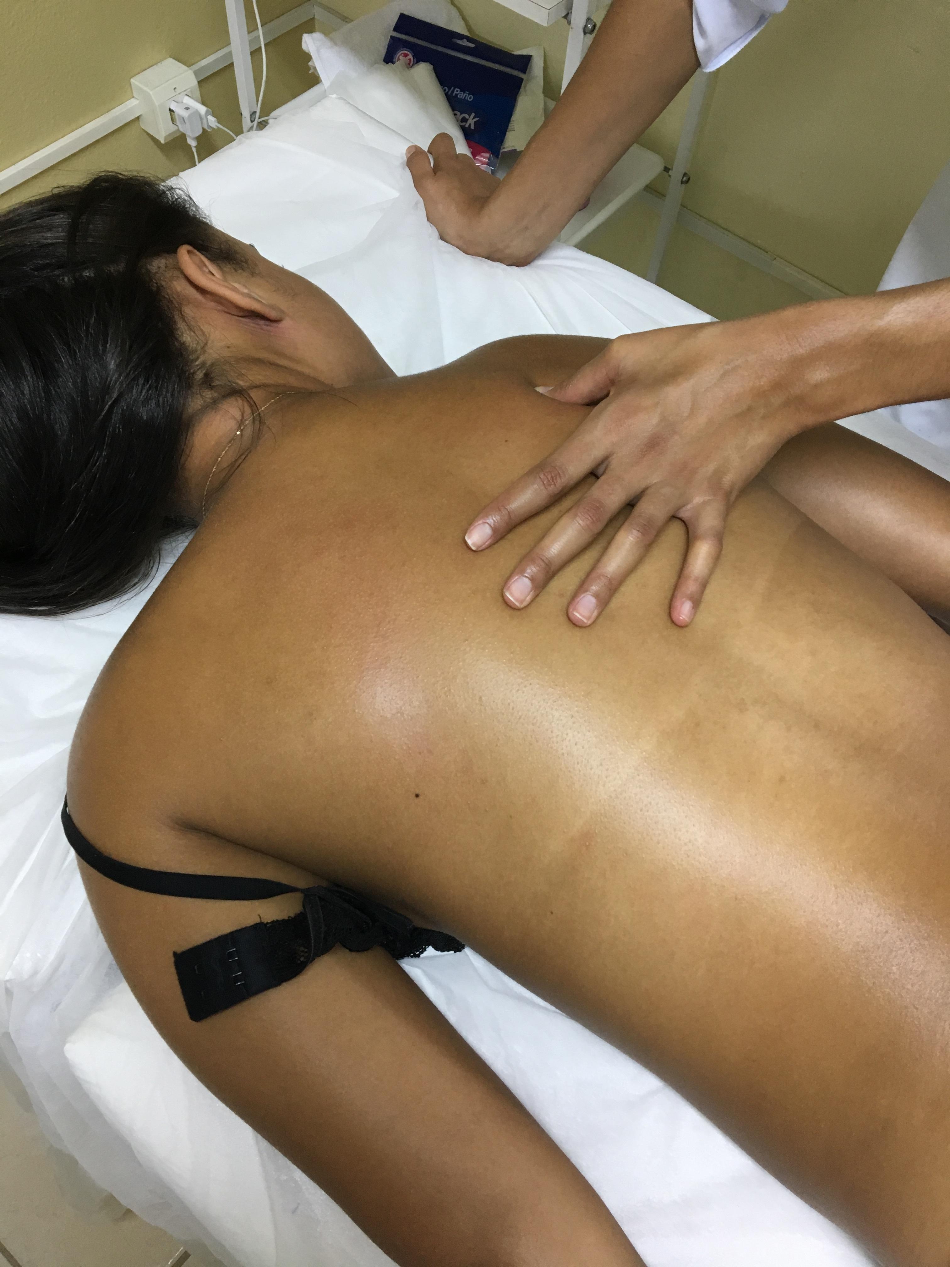Massagem 💆🏻 Relaxante '..... Promovendo Relaxamento e Alívio de Dores Musculares!!!! Trazendo Conforto e Tranquilidade Após um Dia Cansativo de Trabalho! estética esteticista auxiliar cabeleireiro(a)