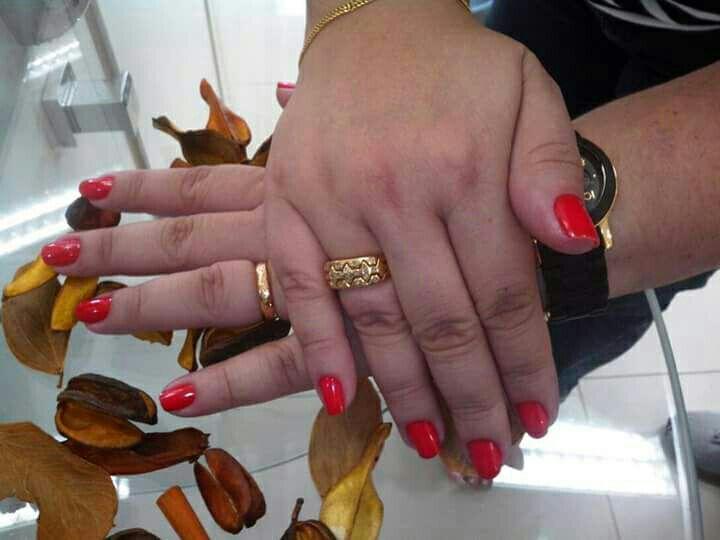 unha designer de sobrancelhas manicure e pedicure