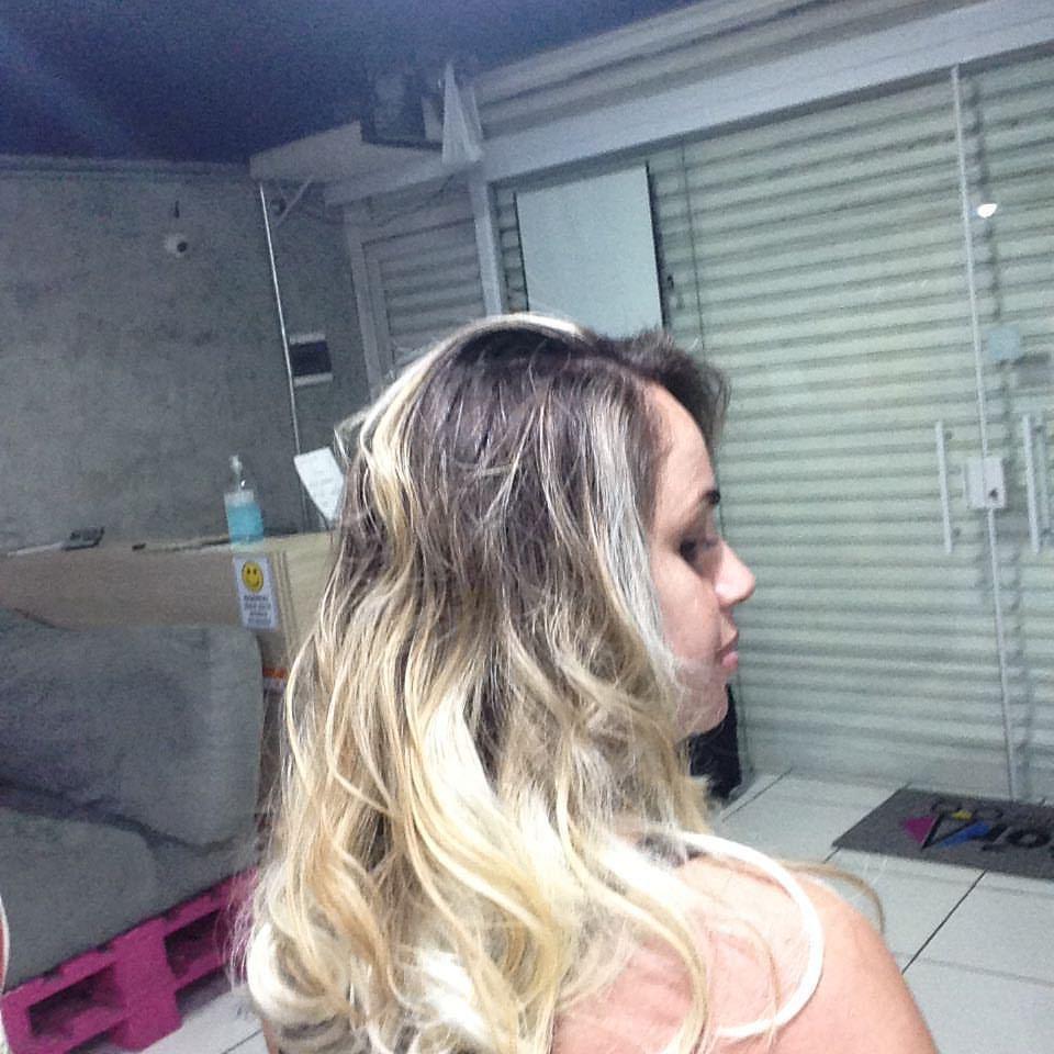 Loiro Hair inlove cabelo auxiliar administrativo