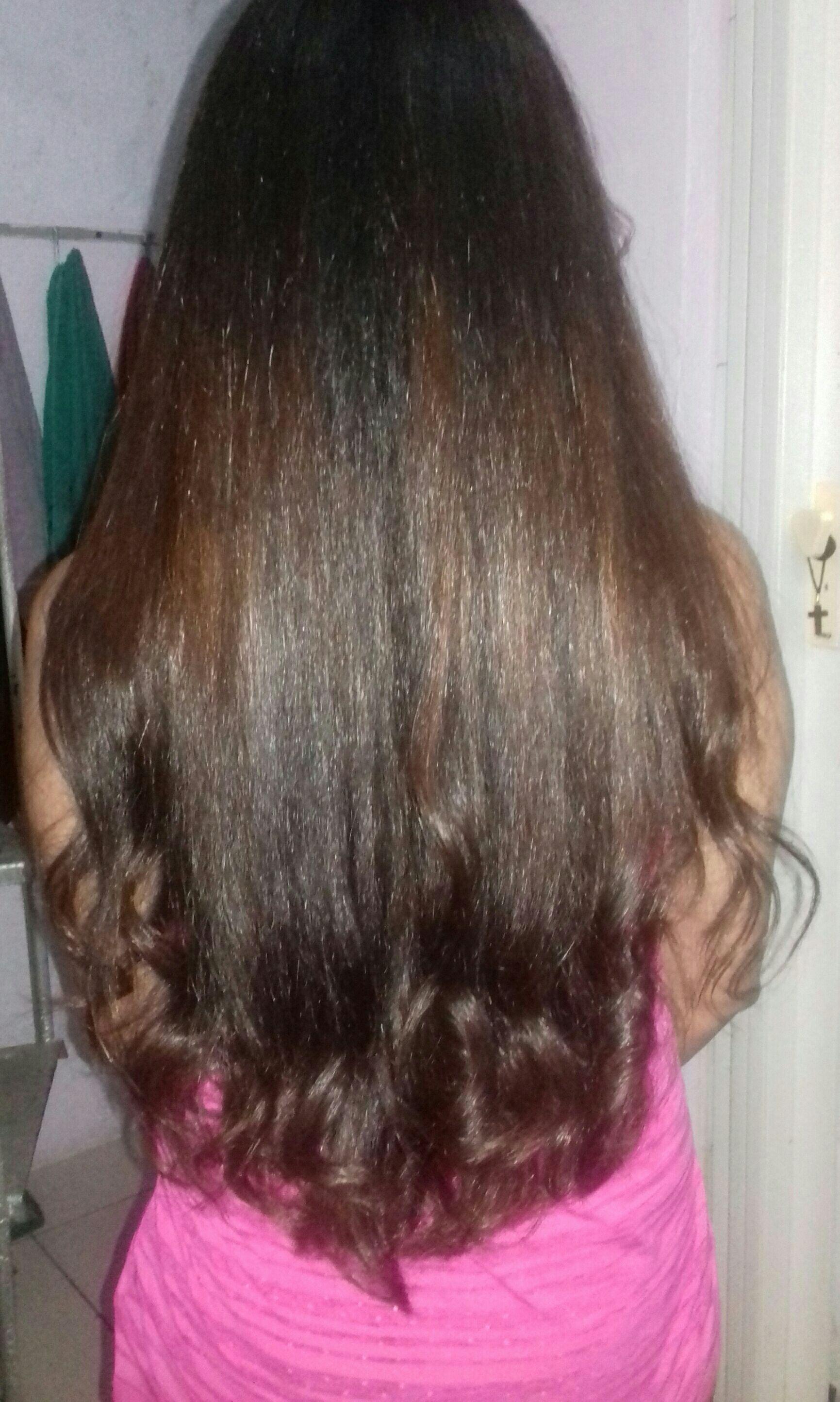 Reconstrução de fios, escova e chapinha. cabelo auxiliar cabeleireiro(a) designer de sobrancelhas