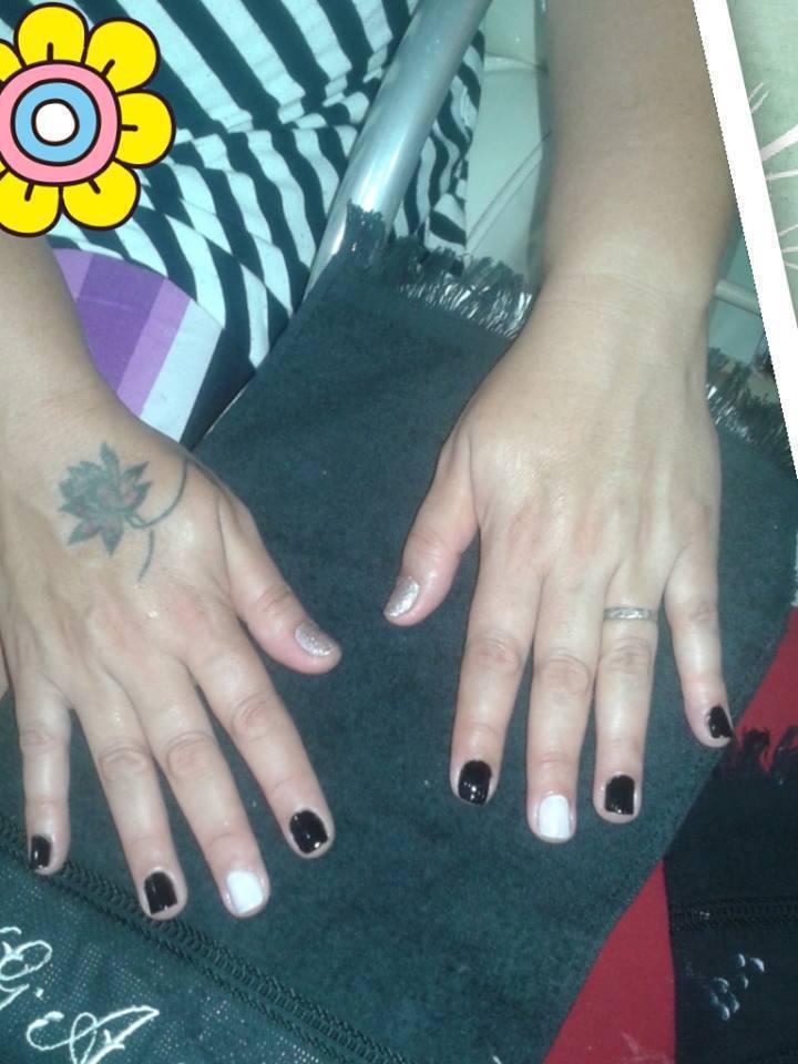#unhas #pretas #lindas unha manicure e pedicure maquiador(a) auxiliar cabeleireiro(a)