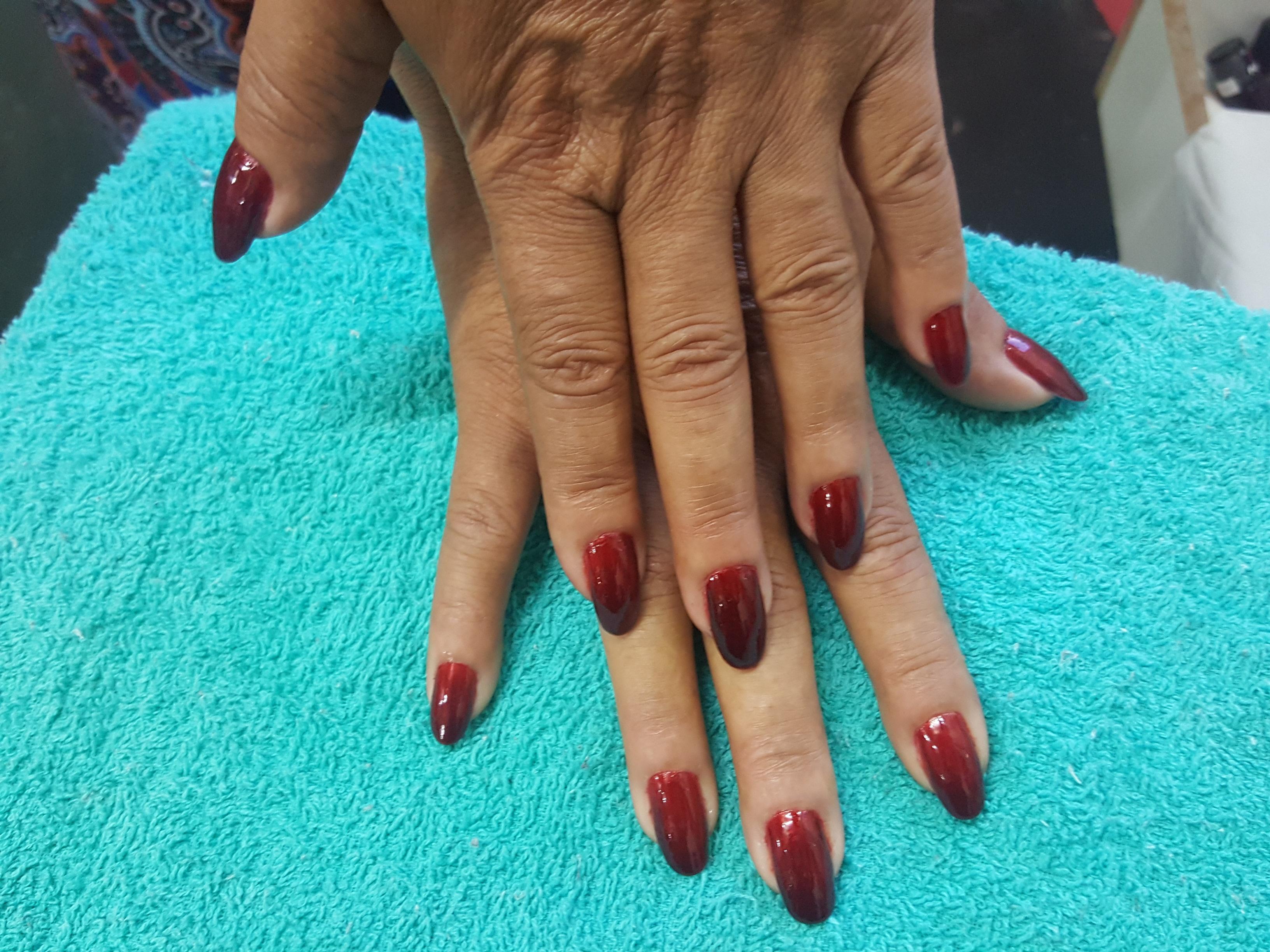 Cuticulagem + Coloração Degradê  unha cabeleireiro(a) manicure e pedicure micropigmentador(a)