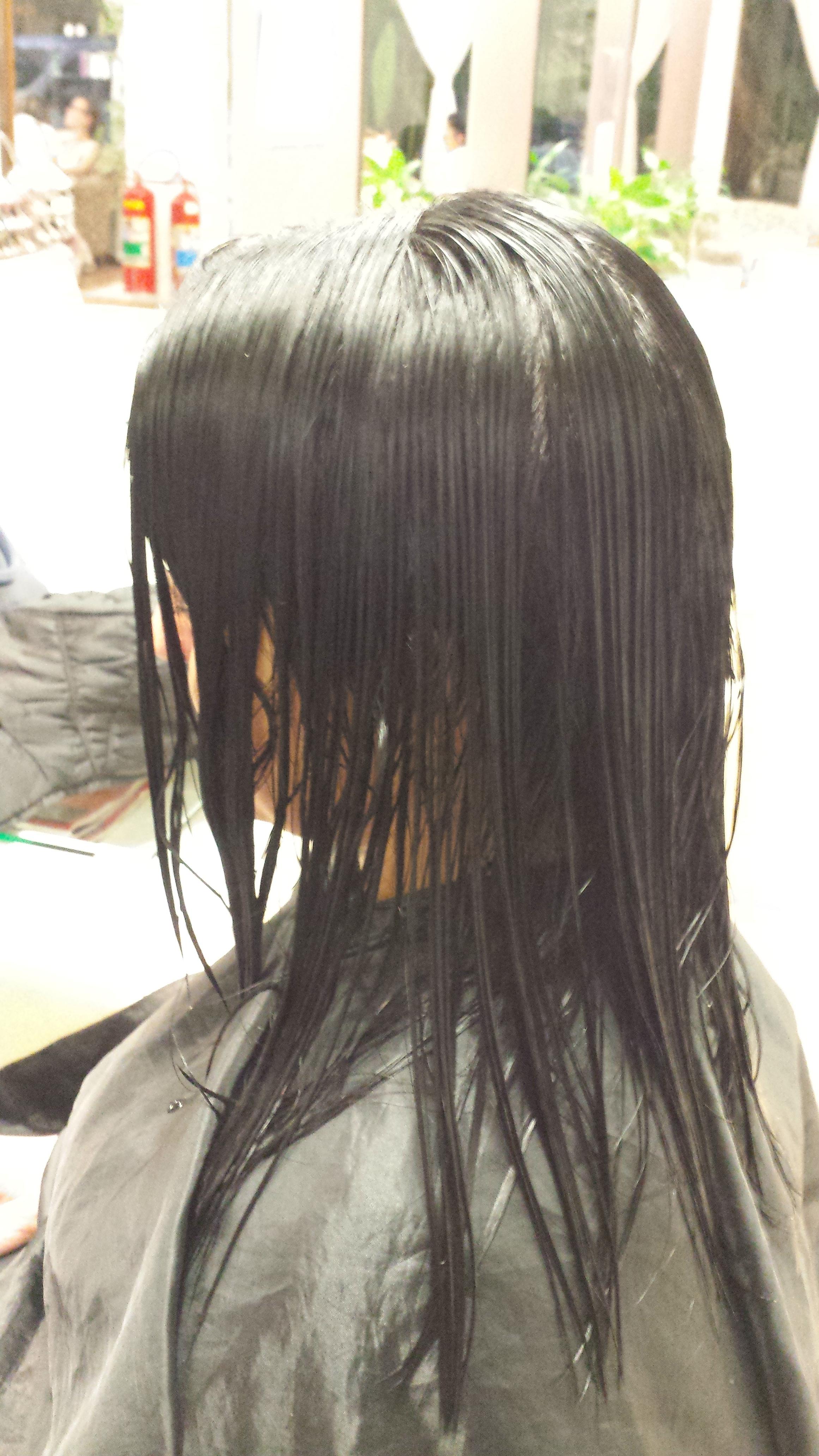 preparando o corte cabelo cabeleireiro(a)