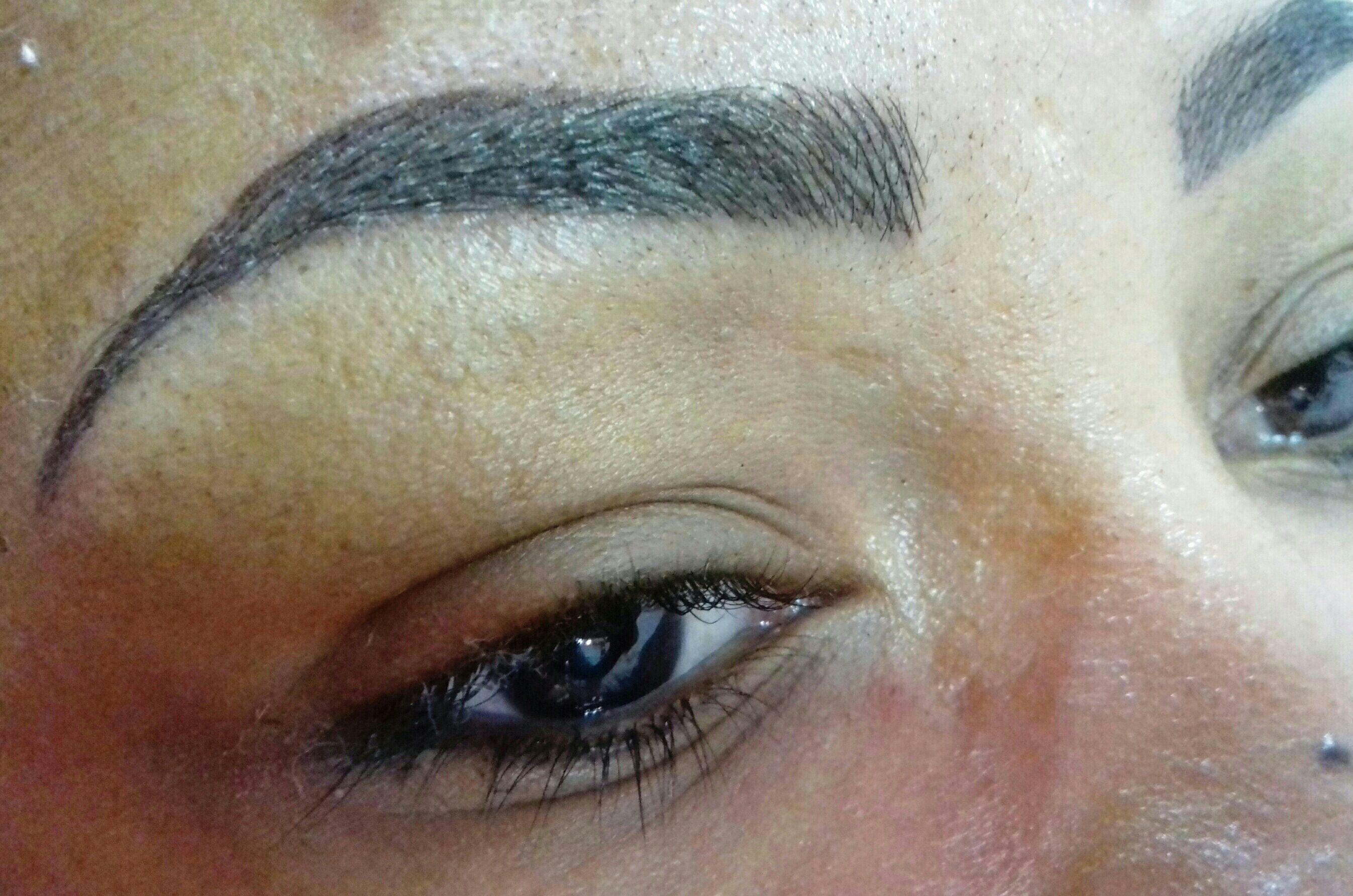 maquiagem estética designer de sobrancelhas dermopigmentador(a) depilador(a) micropigmentador(a) esteticista