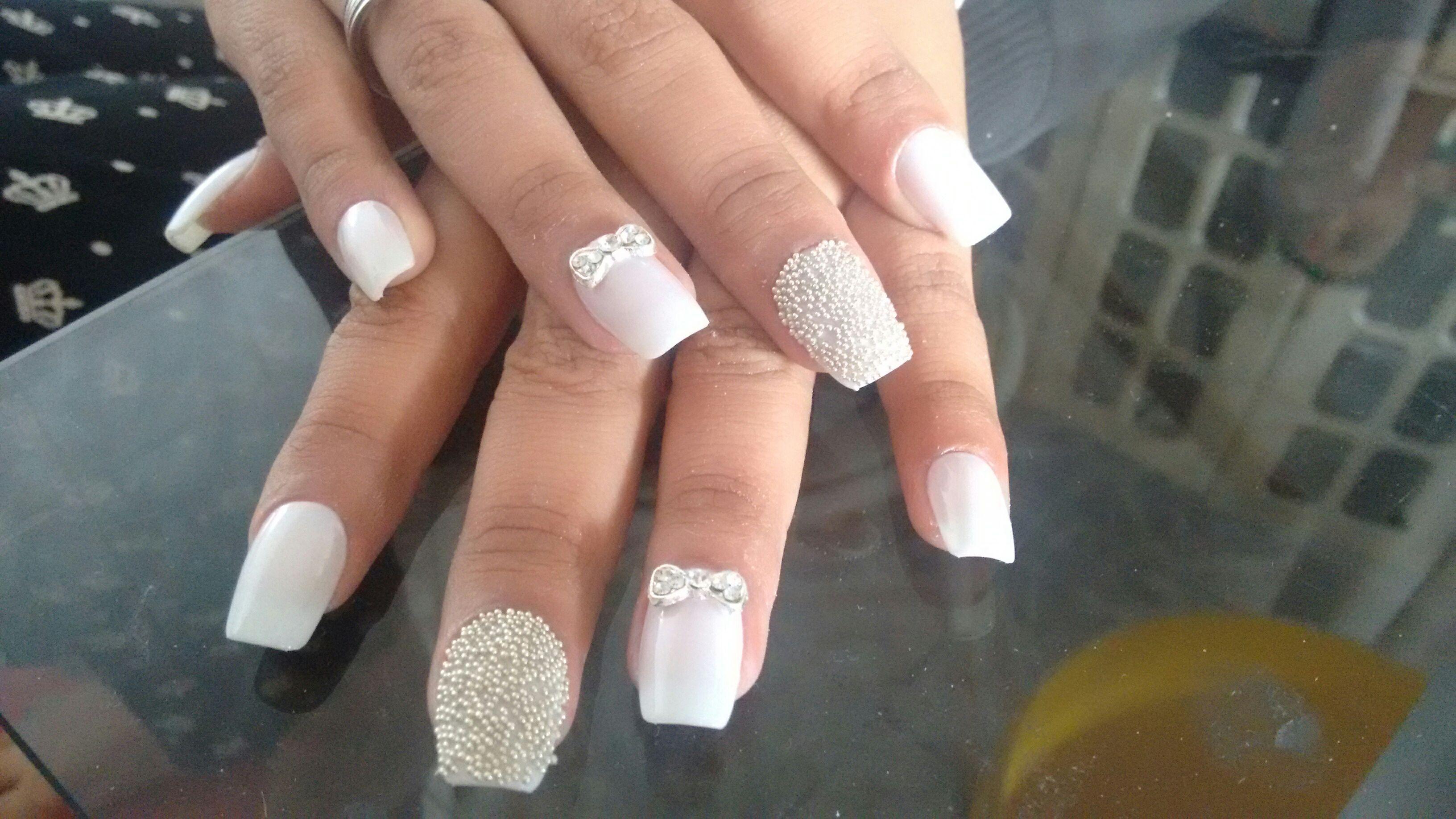 Mas um trabalho lindo unha da noiva adoro unha manicure e pedicure