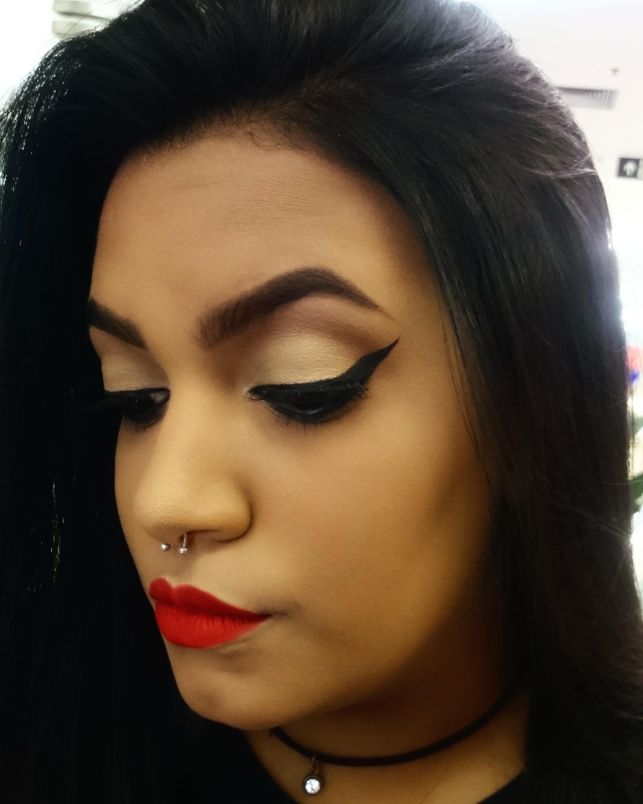 Maquiagem feita por mim em uma amiga. maquiagem maquiador(a)