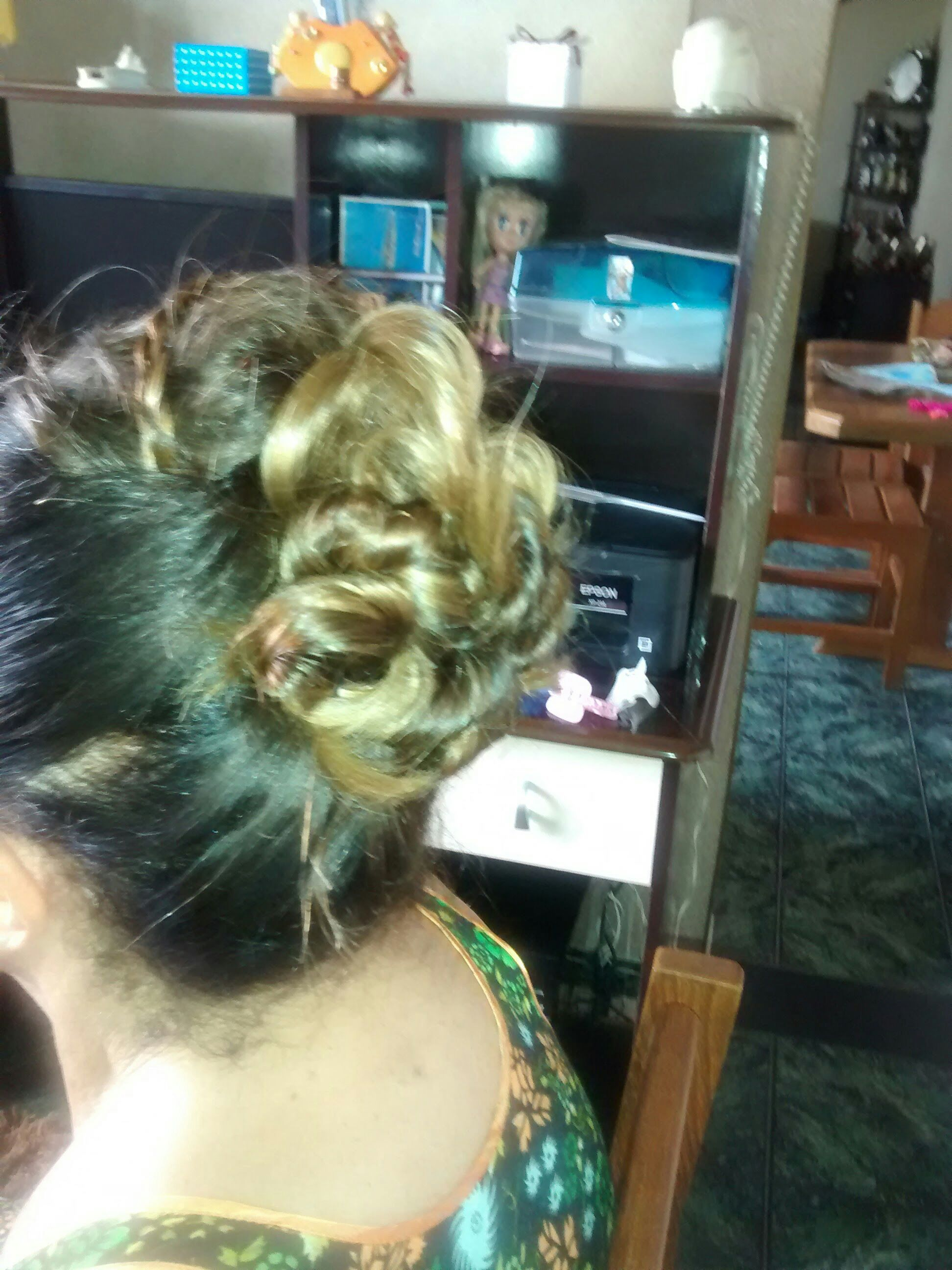 Teste penteado. cabelo cabeleireiro(a)