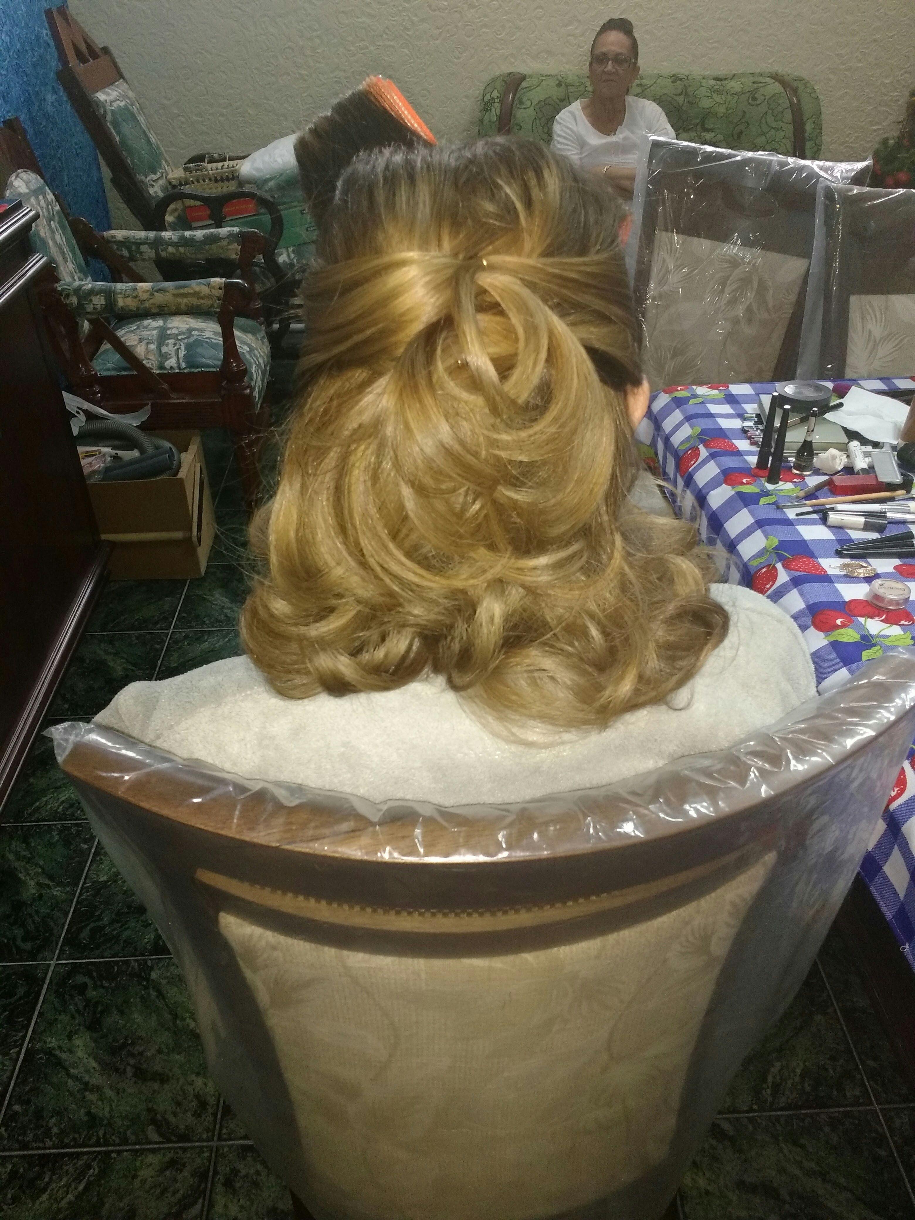 Penteado...madrinha cabelo cabeleireiro(a)