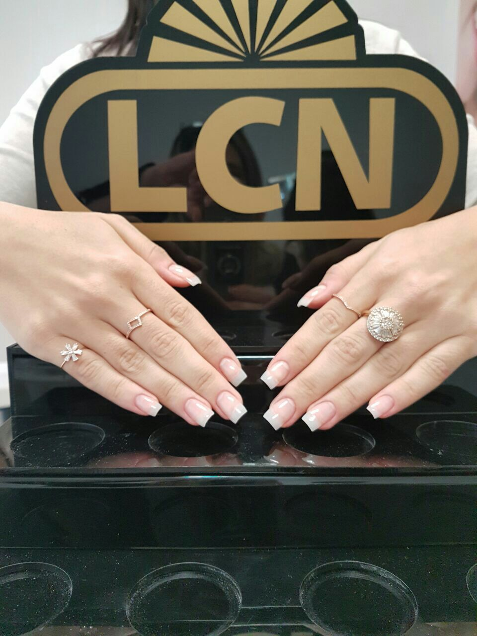 Alongamento de gel 😍 unha manicure e pedicure designer de sobrancelhas manicure e pedicure manicure e pedicure
