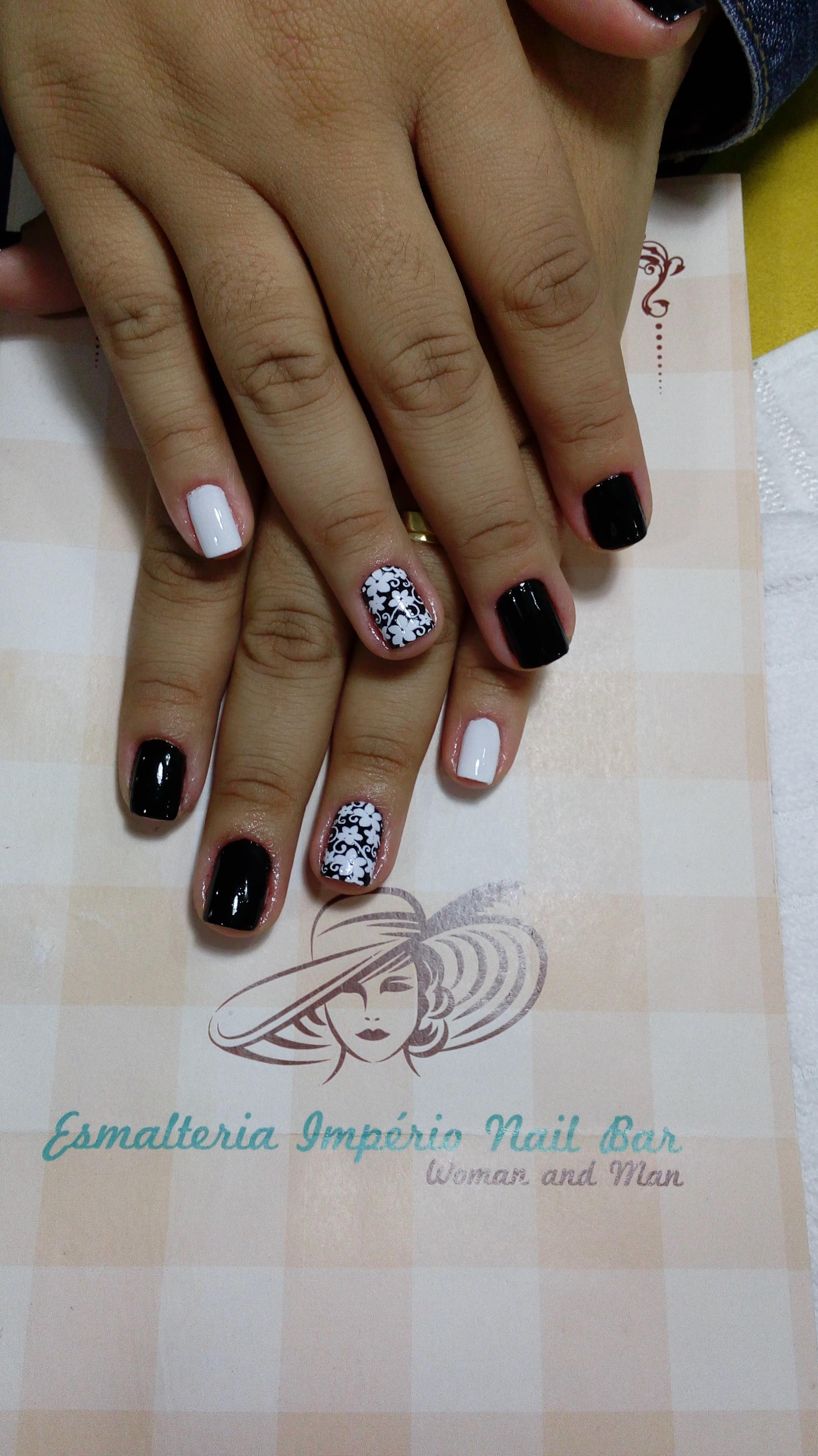unha manicure e pedicure assistente esteticista recepcionista estudante (esteticista)