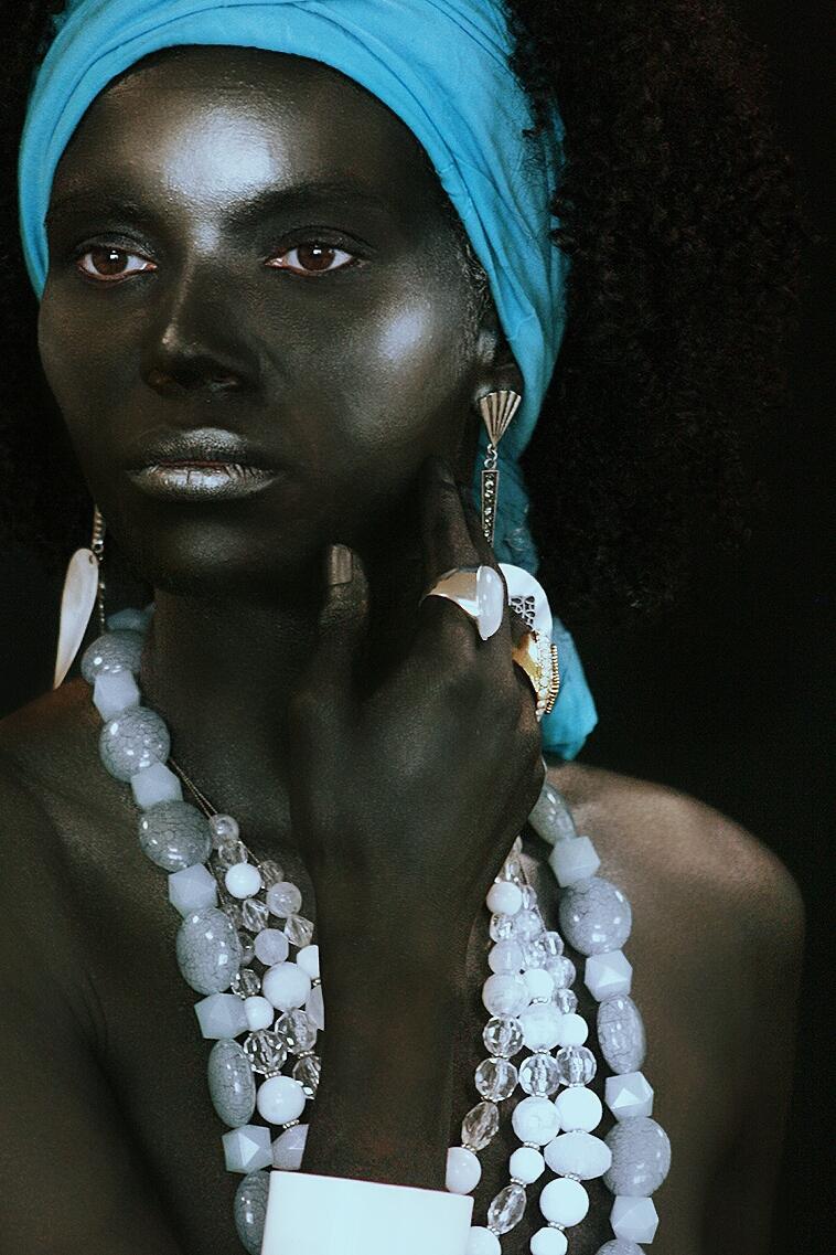 #makeup #conceptualmakeup #maquiagemconceitual #maquiagem #bodypainting #pinturacorporal #maquiagemartística #mitologiayorubá maquiagem maquiador(a)