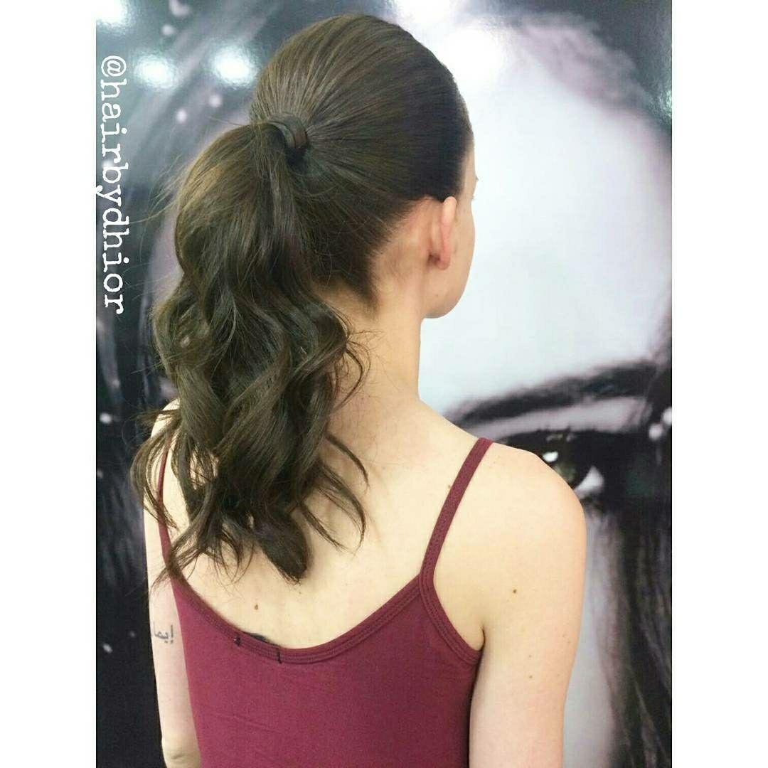 Antes ...✨ Tinha Coloração Preta Durante ... 🍀Resultado da limpeza do Preto Depois ...✨Coloração da Cor Natural da Cliente Para finalizar, fizemos uma reconstrução e uma escova 😜😘😁 cabelo cabeleireiro(a)