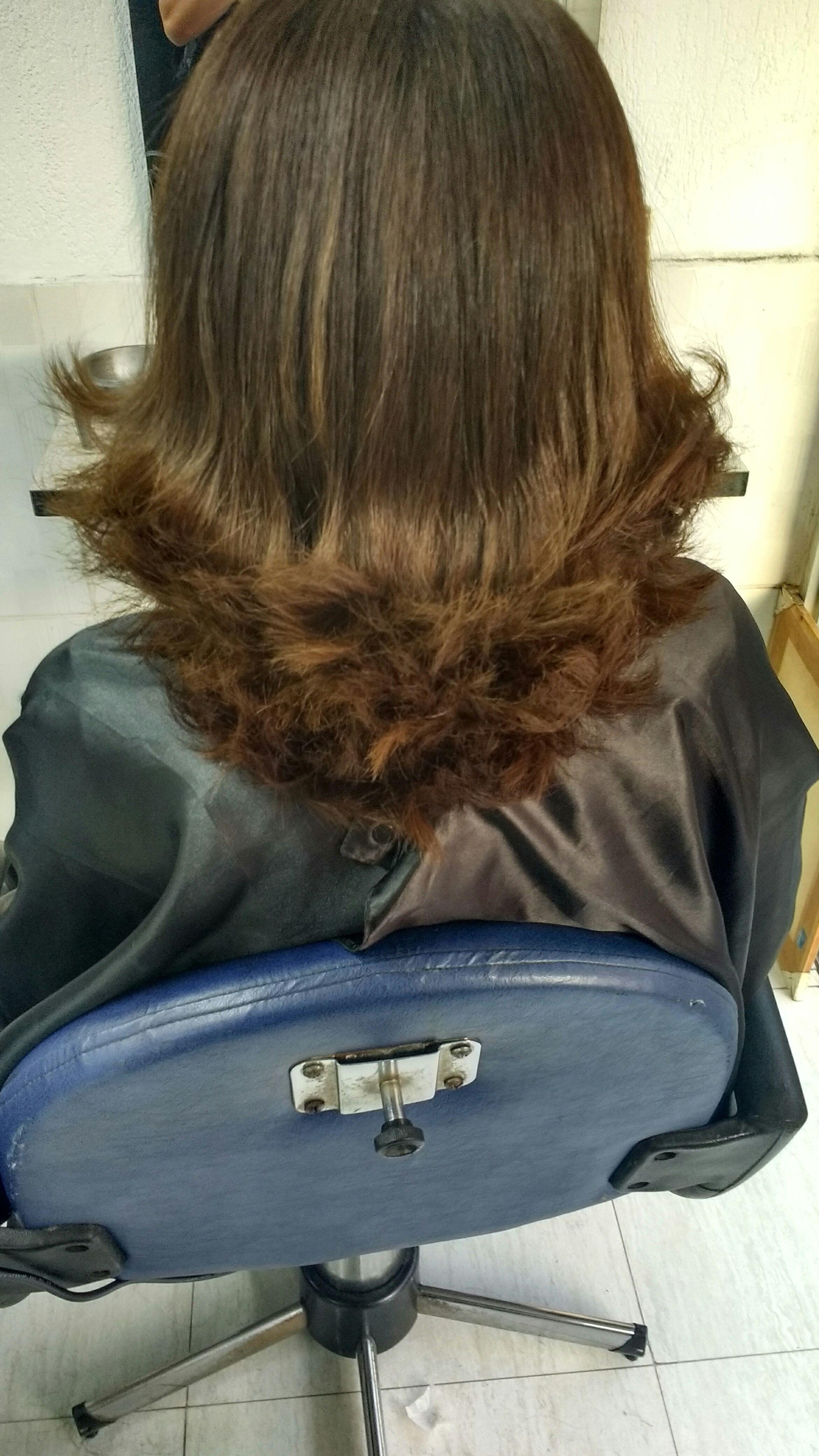 esteticista consultor(a) depilador(a) promotor(a) de vendas cabeleireiro(a) esteticista depilador(a) esteticista cabeleireiro(a)