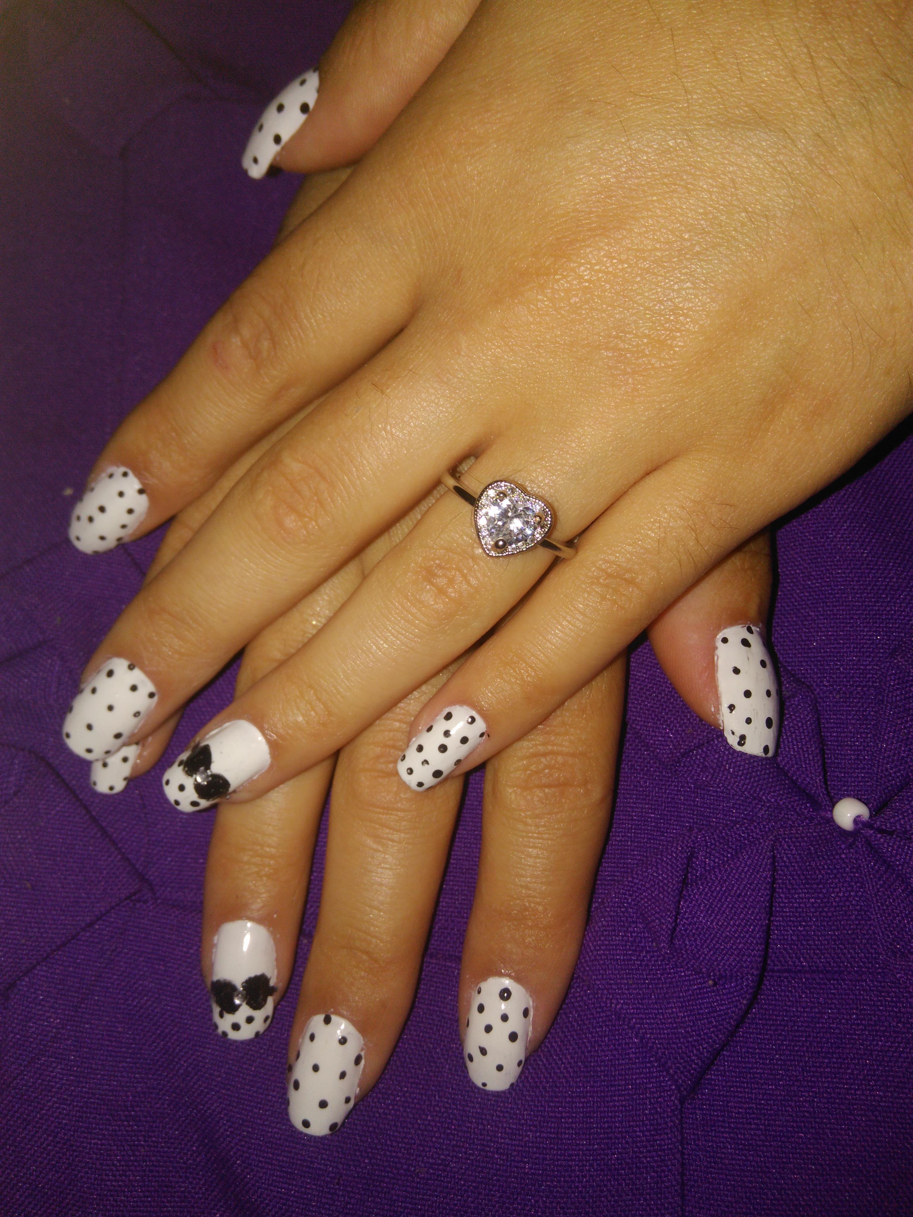 auxiliar cabeleireiro(a) escovista manicure e pedicure