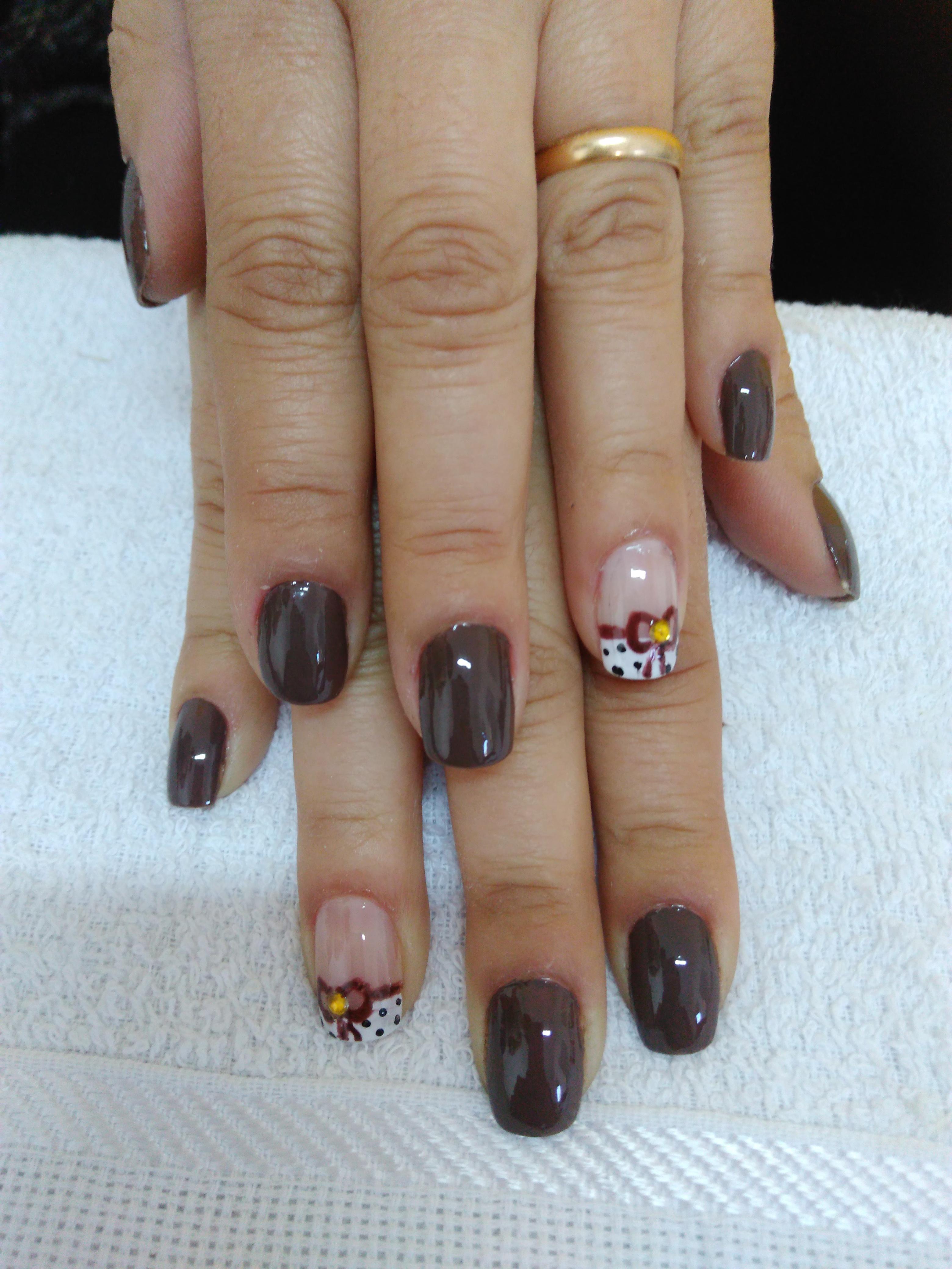 Lacinho 💕🎀 auxiliar cabeleireiro(a) escovista manicure e pedicure