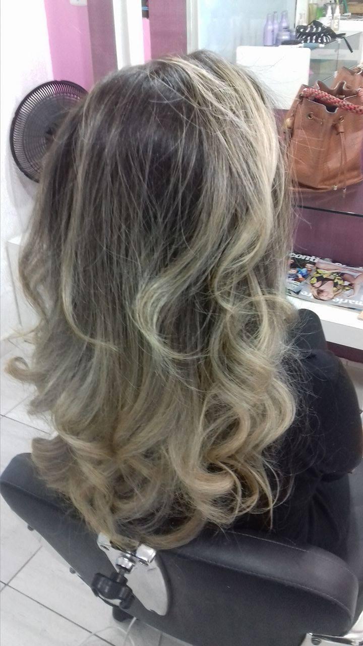 Ombré hair & contornohair cabelo cabeleireiro(a) maquiador(a) depilador(a) gerente consultor(a)
