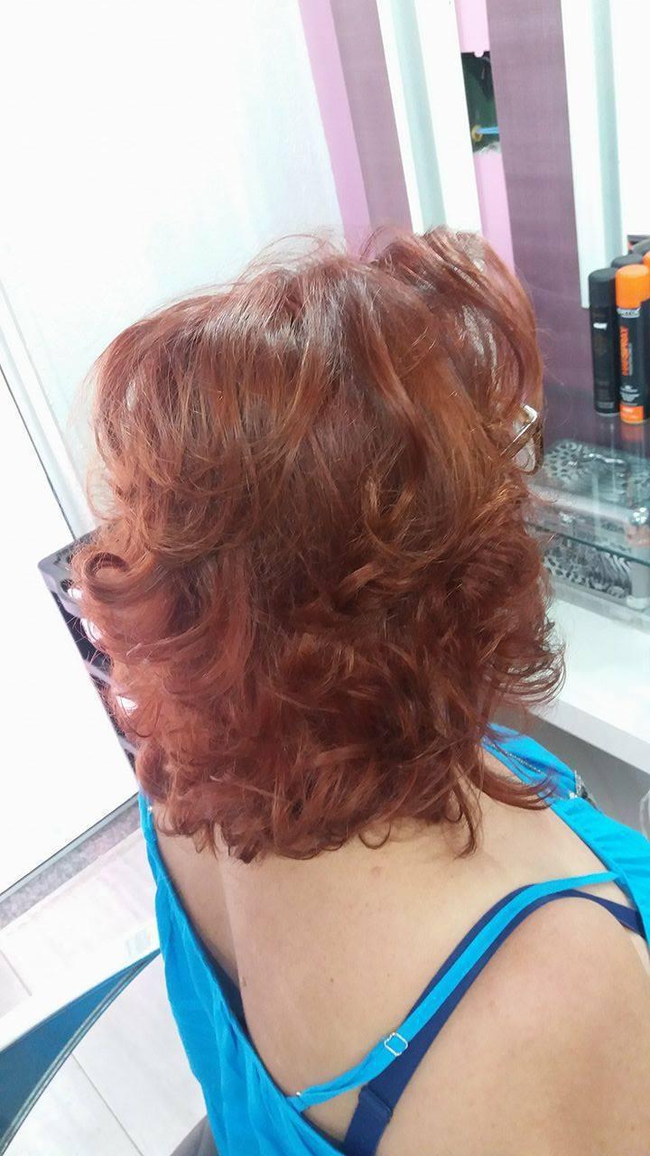 corte para cabelos crespos, coloração vermelho, acobreados  cores quentes! cabelo cabeleireiro(a) maquiador(a) depilador(a) gerente consultor(a)