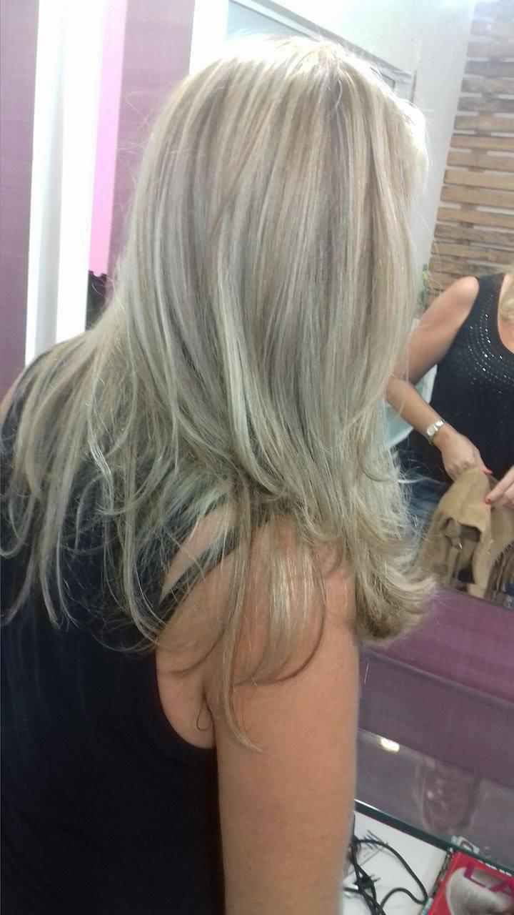 Mechas, reconstrução e corte! cabelo cabeleireiro(a) maquiador(a) depilador(a) gerente consultor(a)