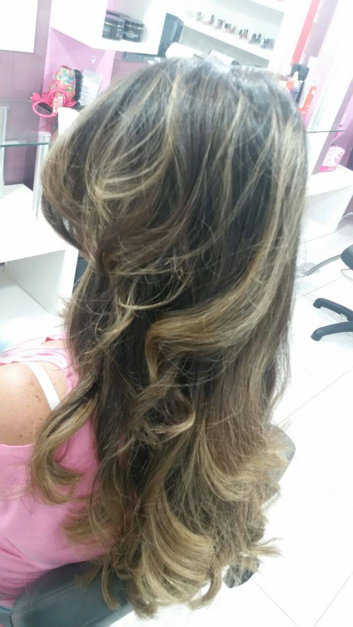 Mechas cabelo cabeleireiro(a) maquiador(a) depilador(a) gerente consultor(a)