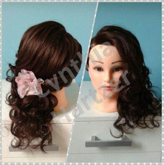 Penteado simples porém moderno e sofisticado. cabelo cabeleireiro(a)
