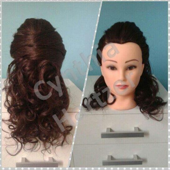 Penteado simples, semi-preso com volume. cabelo cabeleireiro(a)