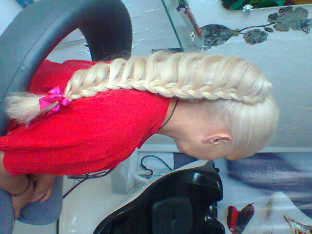 penteado ponneyhair cabelo cabeleireiro(a) maquiador(a)