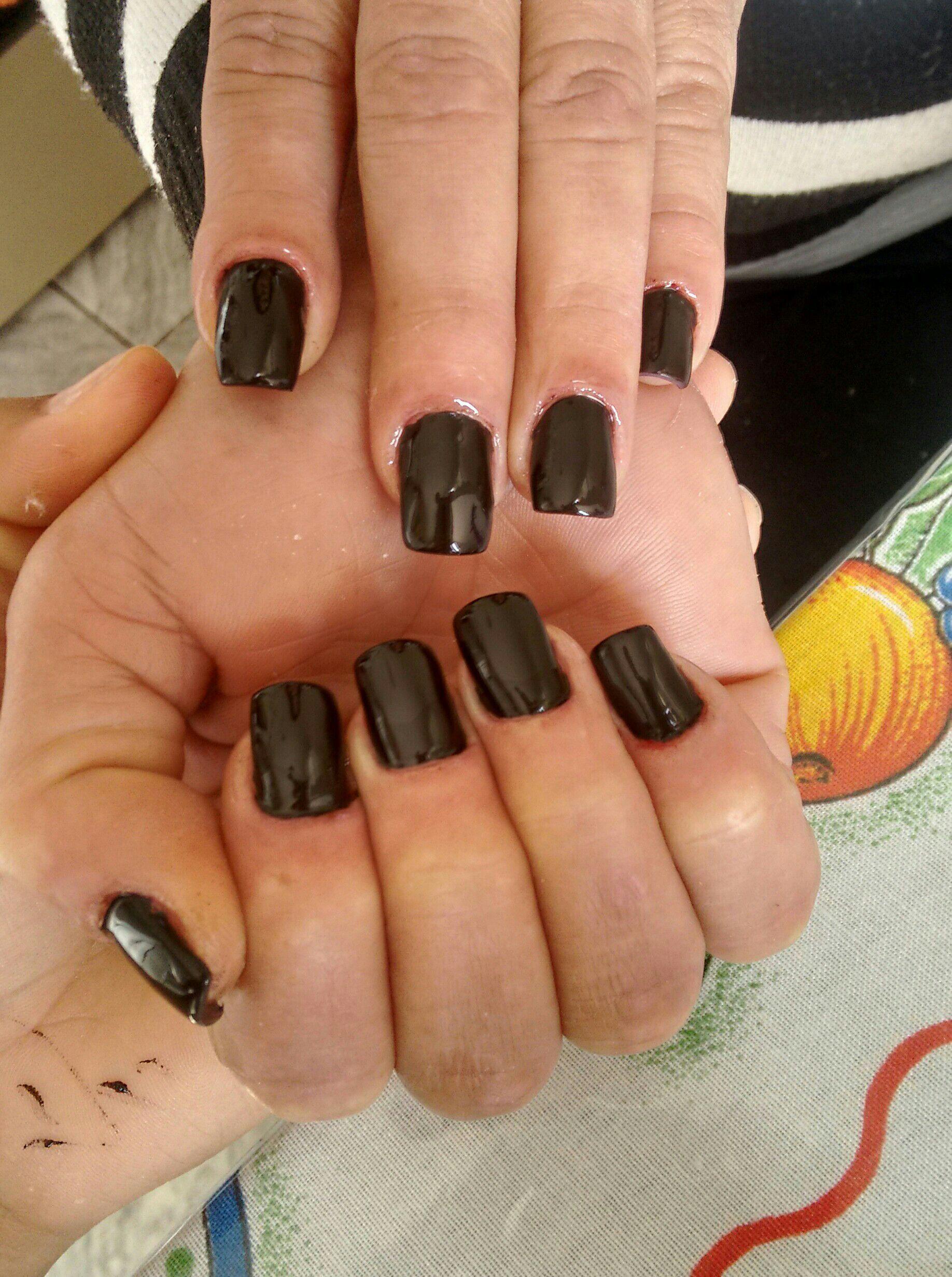 Unhas de gel estudante (manicure)