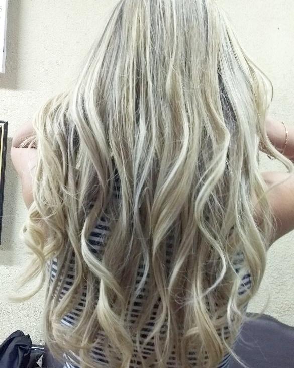 Loiro perolado   cabeleireiro(a)