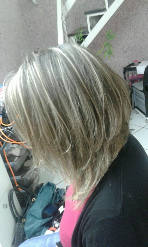 Corte Boby  desconectado! cabelo cabeleireiro(a) maquiador(a) depilador(a) gerente consultor(a)