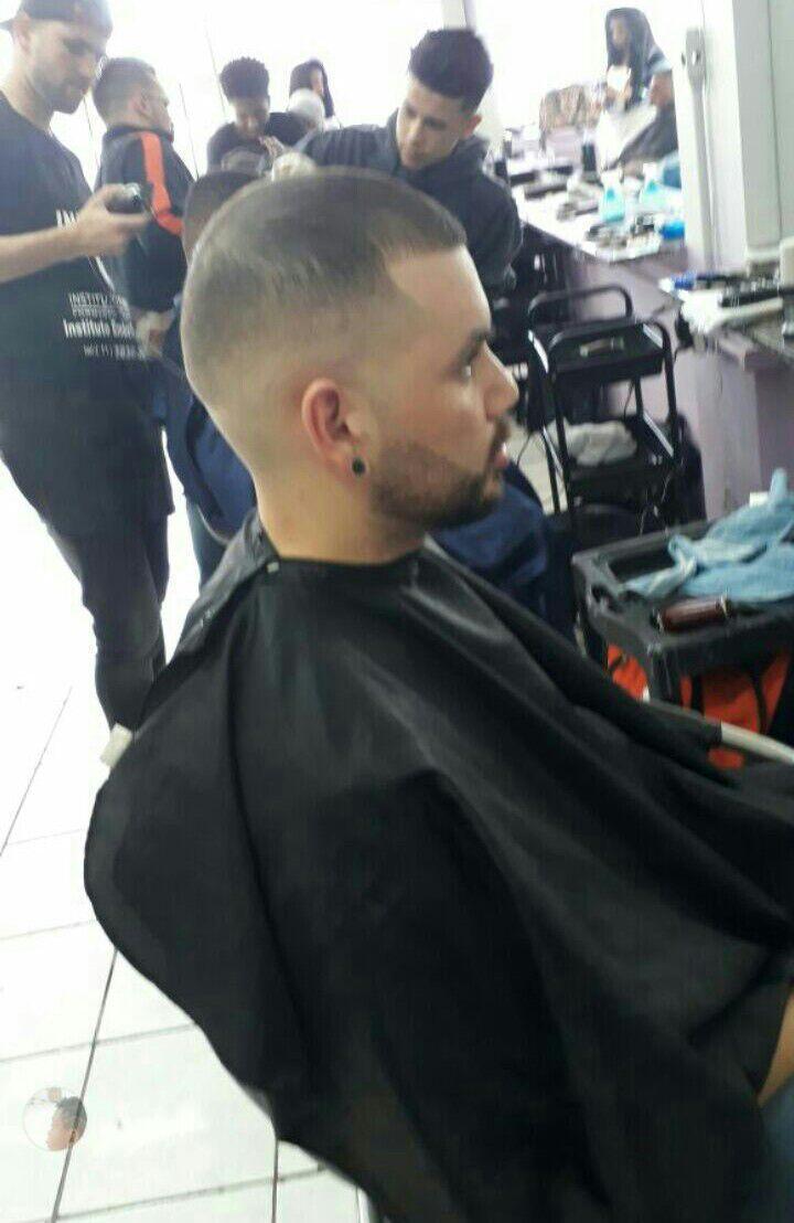barbeiro(a) barbeiro(a)