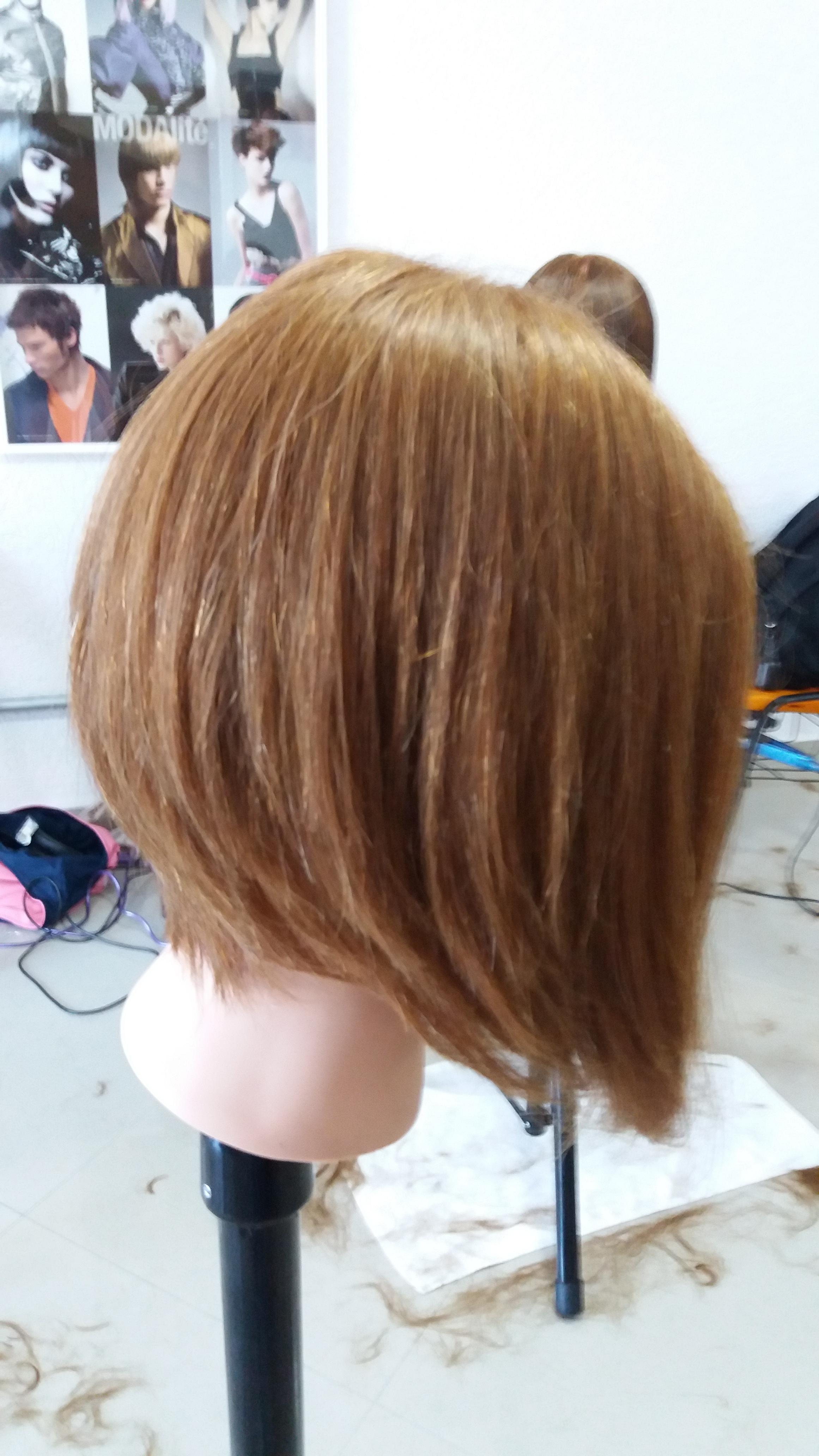 Chanel com nuca alta cabelo cabeleireiro(a) designer de sobrancelhas depilador(a)
