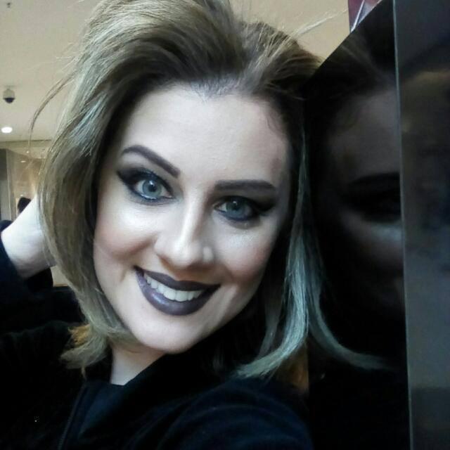 Maquiadora Maybelline maquiagem consultor(a) maquiador(a)