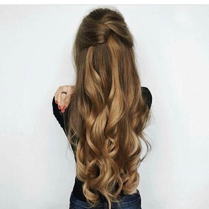 Penteado despojado  meio preso cabelo cabeleireiro(a)