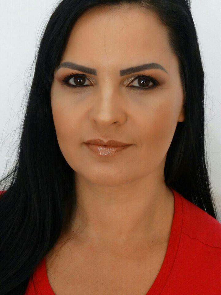 Modelo Jussara Serrano maquiagem maquiador(a) consultor(a)
