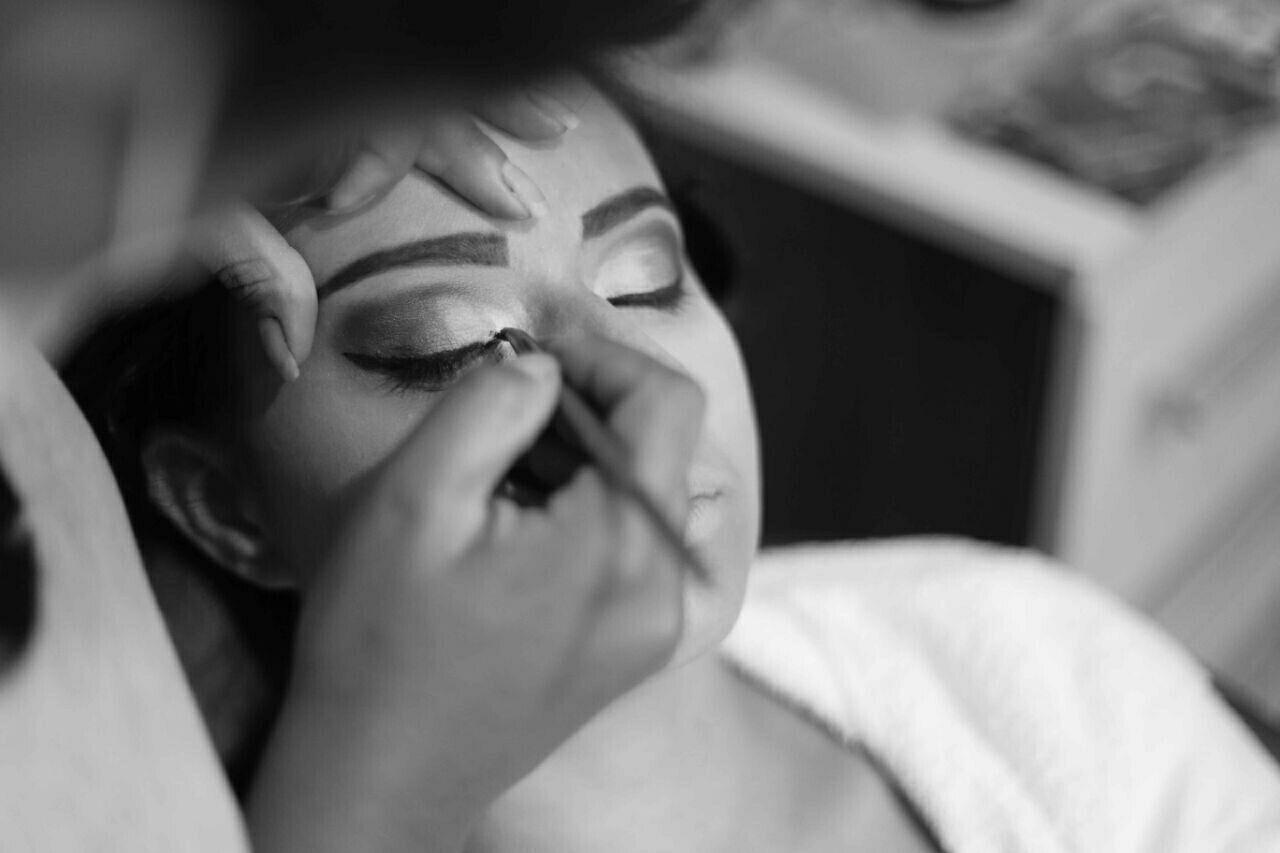 Making off noiva maquiagem maquiador(a) designer de sobrancelhas manicure e pedicure depilador(a) gerente recepcionista