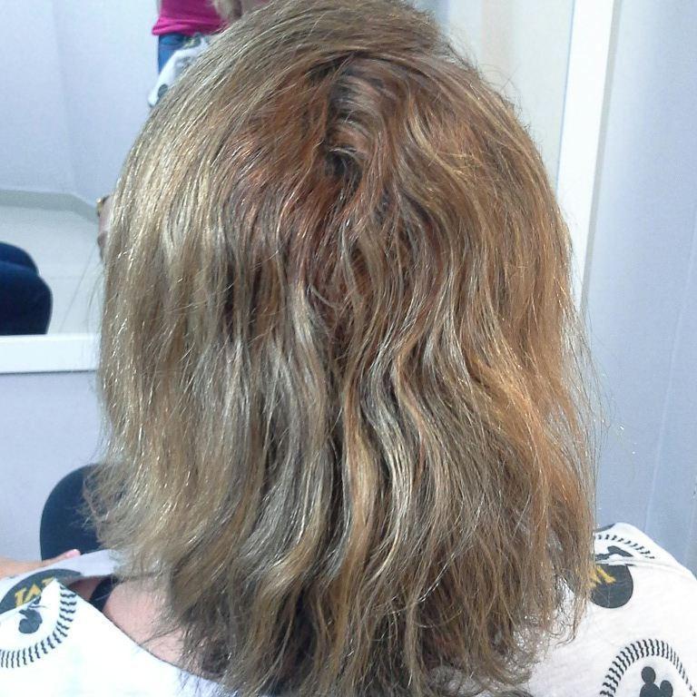 ANTES   Trabalho executado  Técnica que será realizada Tonalizacão 5.0+ ox 3 % da mutari Luzes e mechas, pó descolorant mutari + ox 9% Botox  Corte cabelo cabeleireiro(a) maquiador(a) empresário(a)