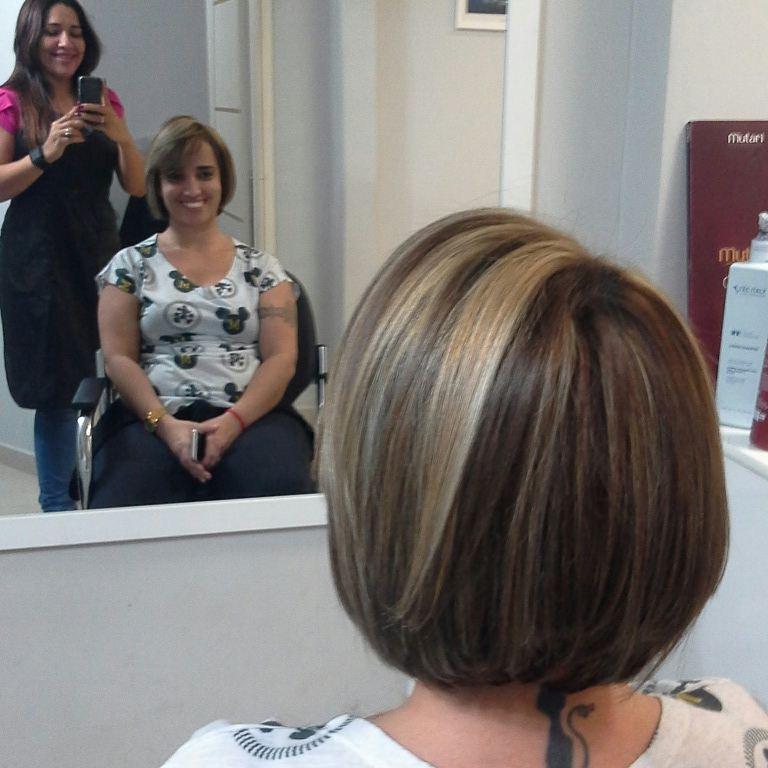 DEPOIS  Trabalho executado  Técnica realizada Tonalizacão 5.0+ ox 3 % da mutari Luzes e mechas, pó descolorant mutari + ox 9% Botox  Corte cabelo cabeleireiro(a) maquiador(a) empresário(a)