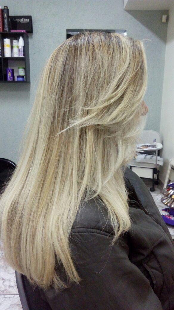 Correção de cor....  cabelo auxiliar cabeleireiro(a) escovista recepcionista