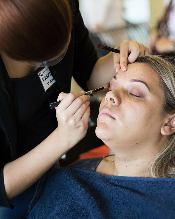 Ame o que você faz !  maquiagem maquiador(a) designer de sobrancelhas