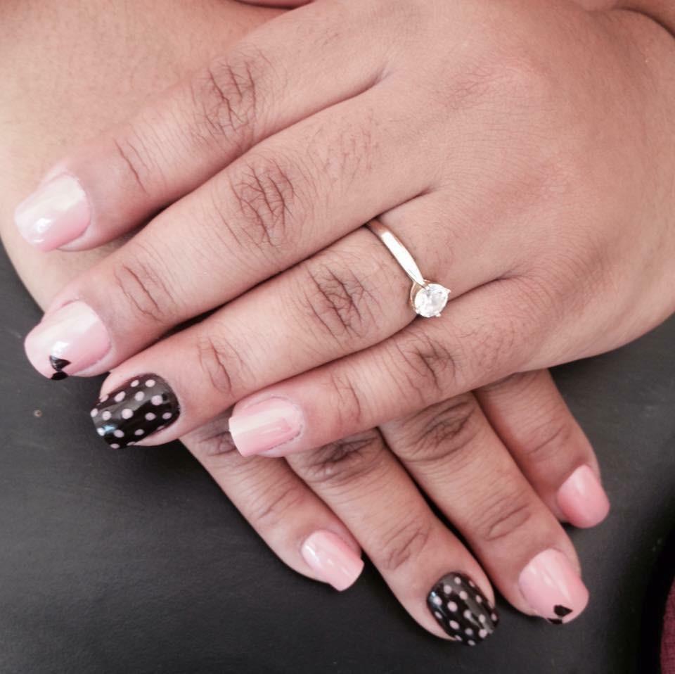 unha manicure e pedicure escovista auxiliar cabeleireiro(a) auxiliar administrativo recepcionista