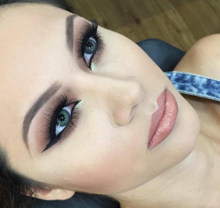 Make dessa linda , no salão que trabalhava a 1 ano atrais #mac #sephora #dior #kryolan #maquiagem  maquiagem auxiliar cabeleireiro(a) assistente maquiador(a) maquiador(a)