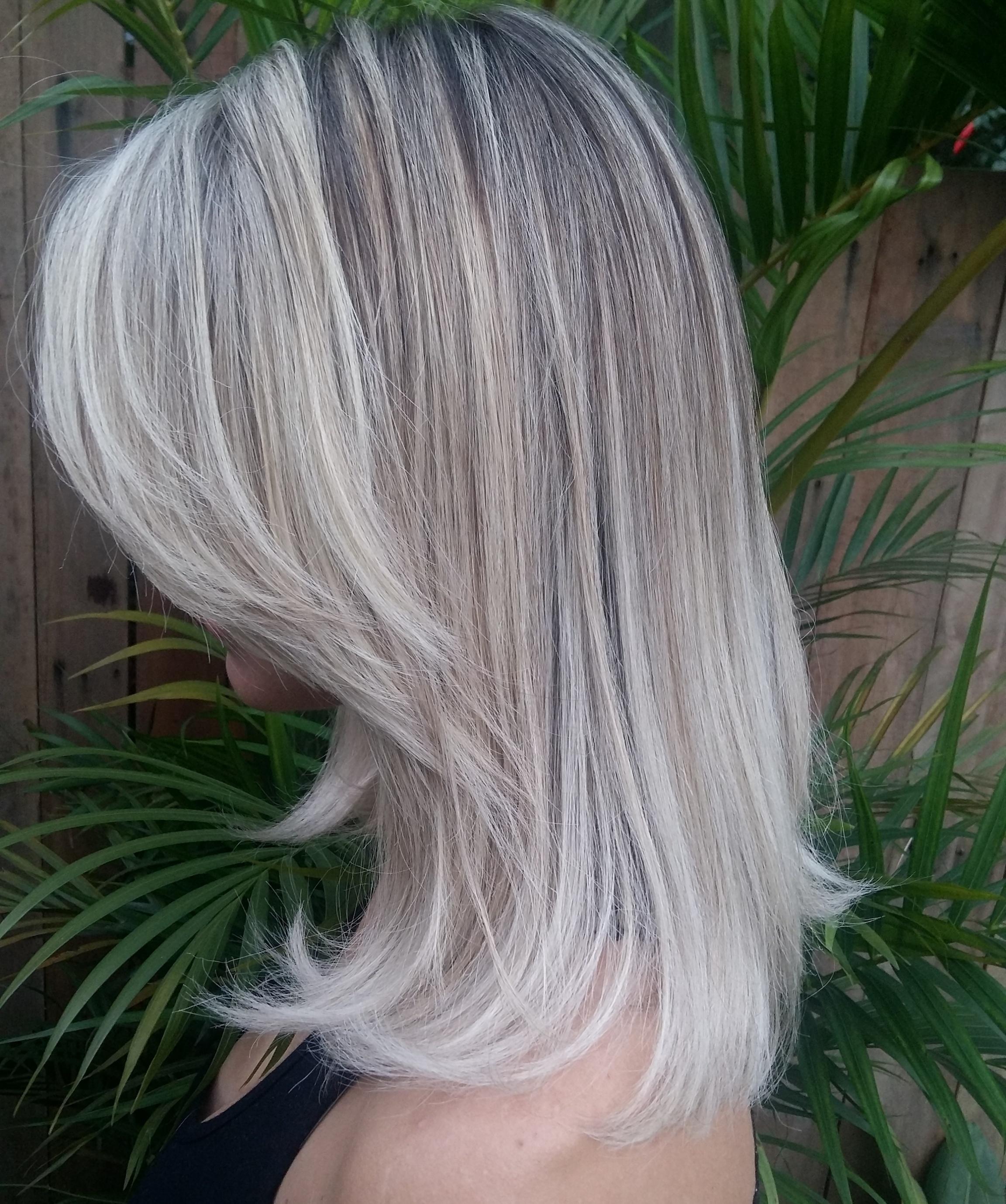 Total blond cabelo cabeleireiro(a) cabeleireiro(a)