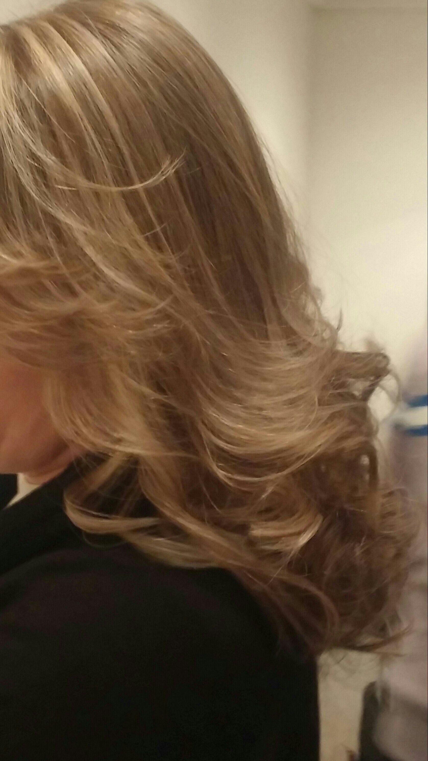 Luzes no papel e tonalizado,corte degrade cabelo