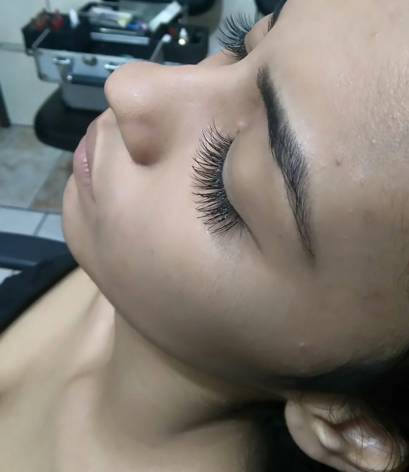 Alongamento de cilios estética esteticista maquiador(a)