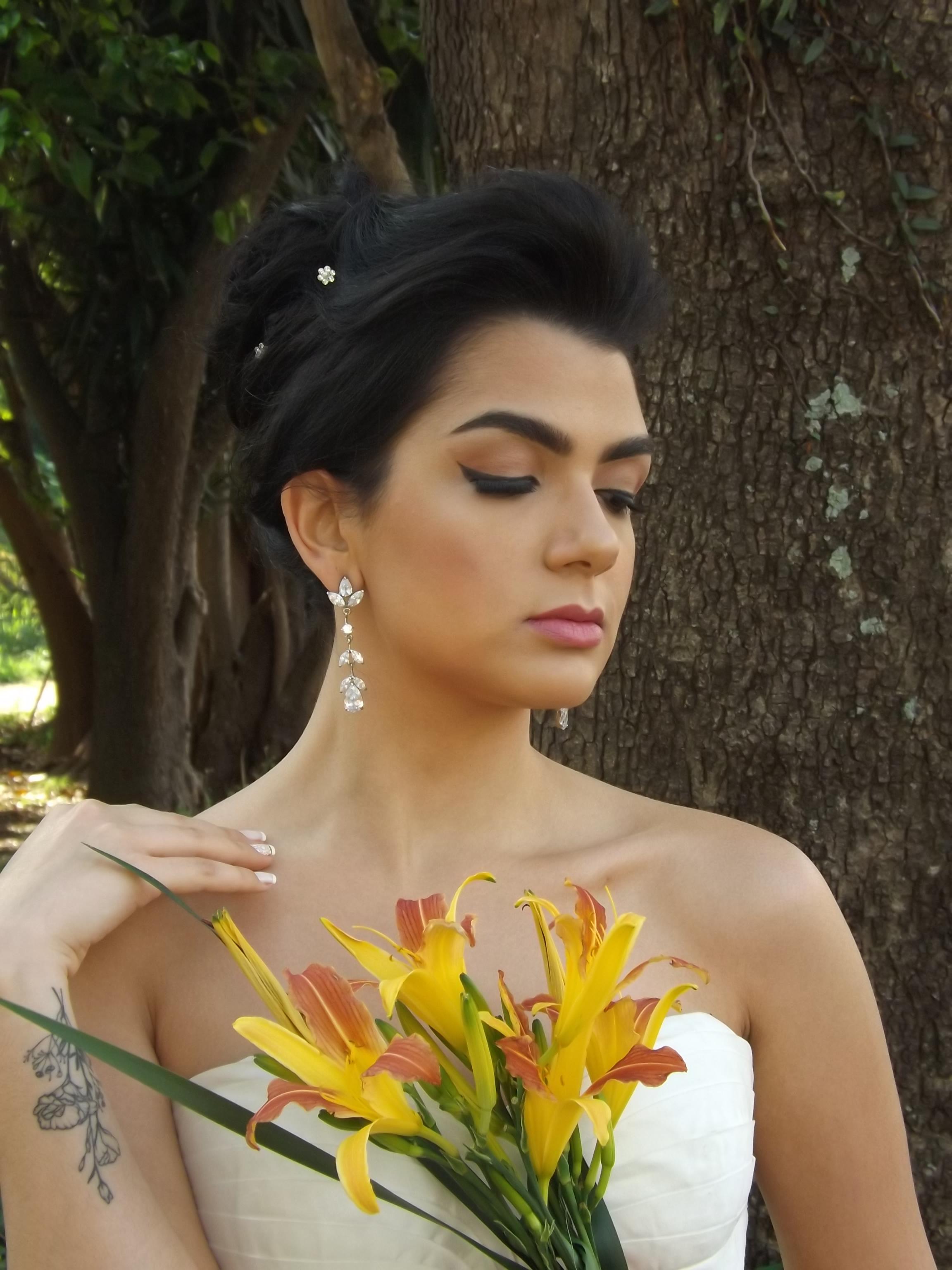 Noiva com delineado! #noiva #maquiagem maquiagem maquiador(a) designer de sobrancelhas