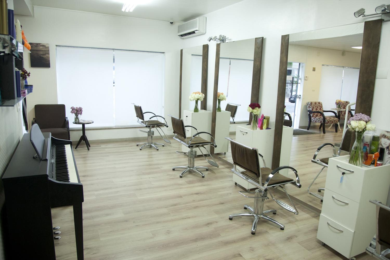 Estação de cabeleireiros! outros gerente
