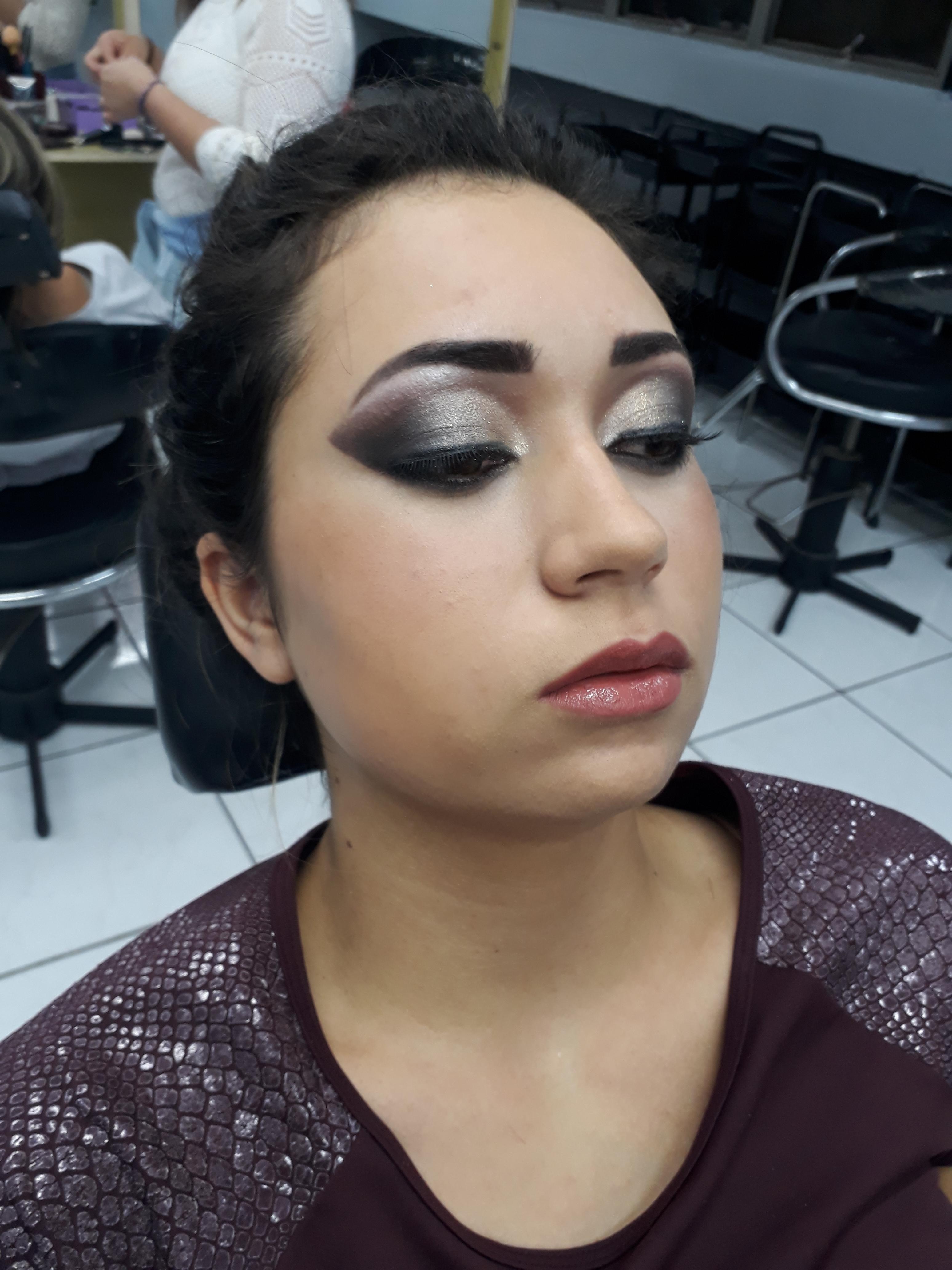 Proposta de make para noivas. maquiagem maquiador(a) designer de sobrancelhas