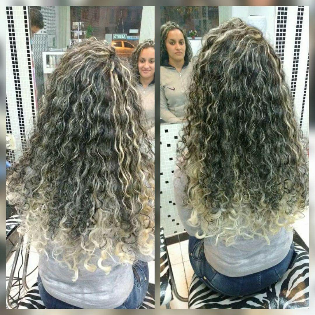 Luzes no papel & Ombre haier cabelo auxiliar cabeleireiro(a)