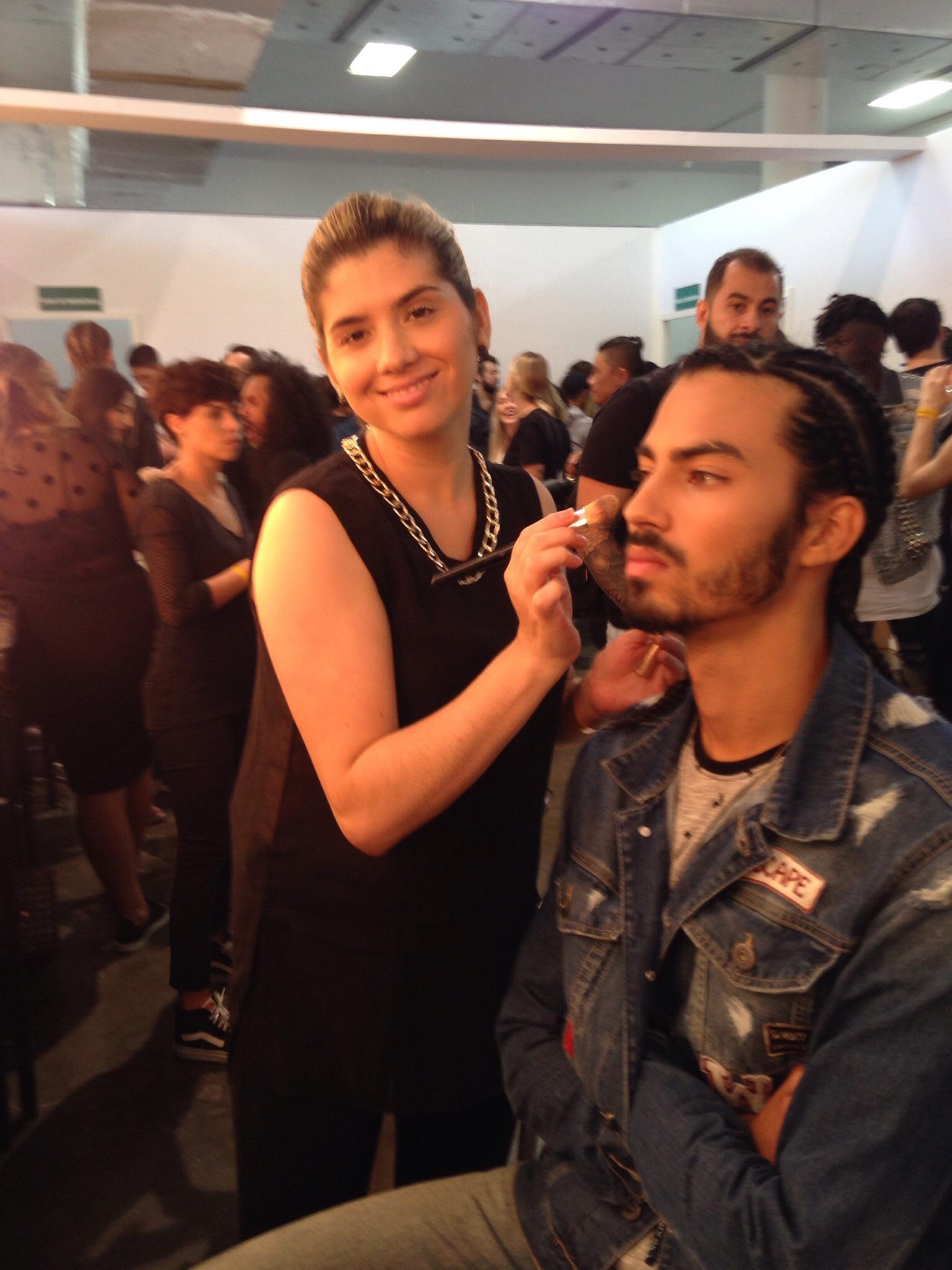 #belezaparaspfw# maquiagem cabeleireiro(a)