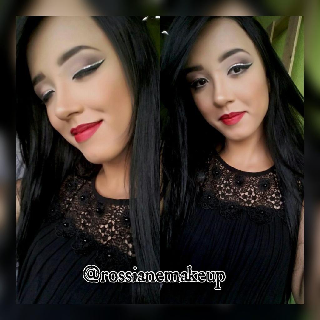 #mac #motivescosmetics #maquiagem #universomakeup #selfie #model #macpro #maquiagembrasill #top #topmodel #modelo #modeling #make #makeup #maquiadora #maquillage #pausaparafeminice #maquiagemx #loucaspormaquiagem #universodamaquiagem_oficial #kryolanargentina #supervaidosa #makeupvideoss #hudabeauty#mua maquiagem maquiador(a)
